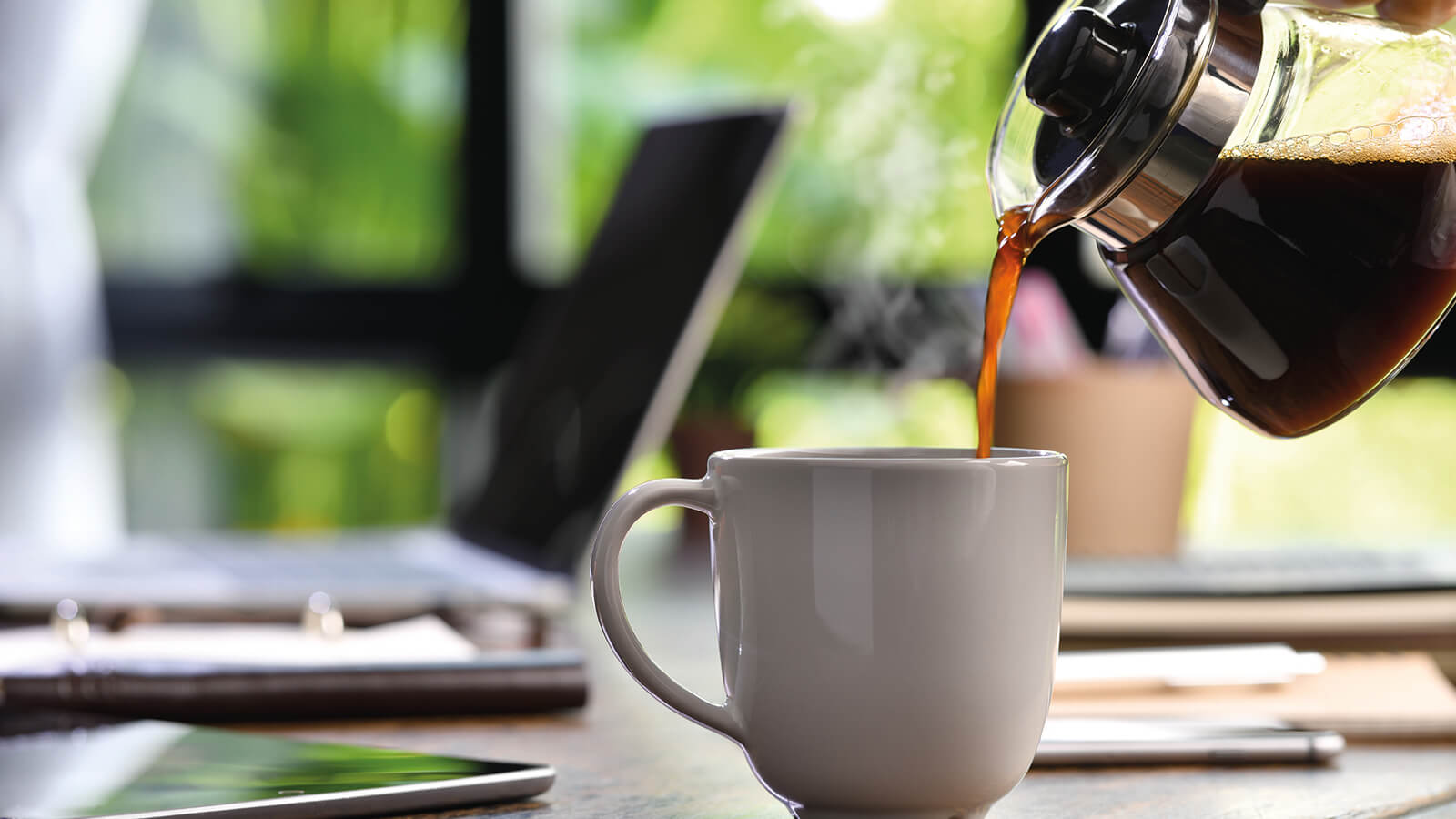 Kaffee einschenken